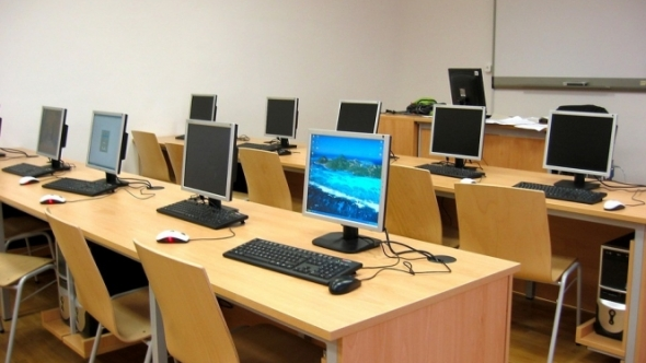 A photo of a computer lab classroom.